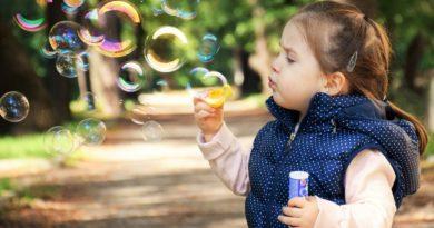 Bańki mydlane – wpływ na rozwój dziecka