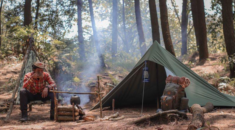 Jakie wyposażenie zabrać na obóz survivalowy?