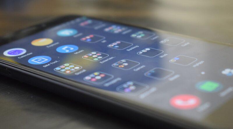 Silikonowe czy skórzane etui Xiaomi Redmi Note 8 pro?