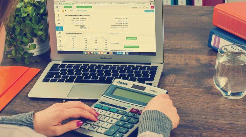 W czym mogą pomóc firmy zajmujące się organizacją biura księgowego?