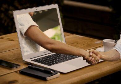 Jak oprogramowanie firmowe zmienia sposób pracy ludzi?